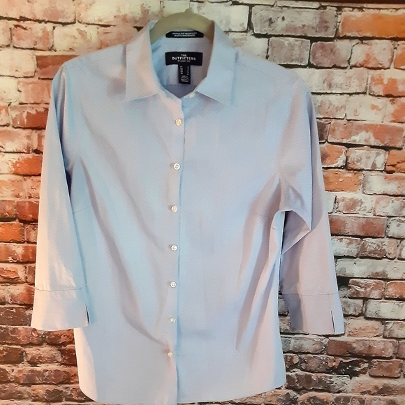 Lands End The Outfitter long sleeve blue shirt